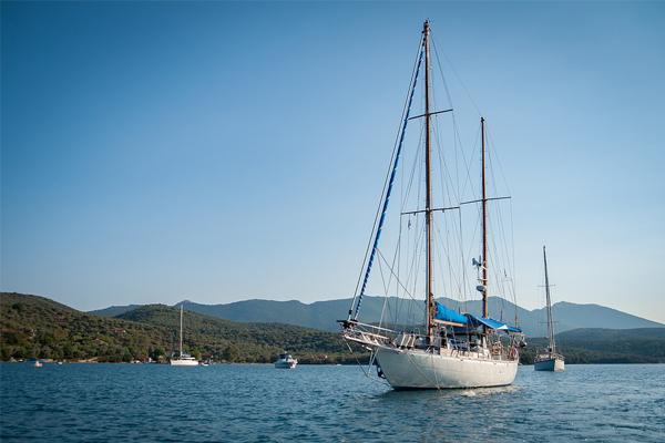 Este verano saldré a navegar protegiéndome con el mejor seguro para mi embarcación.