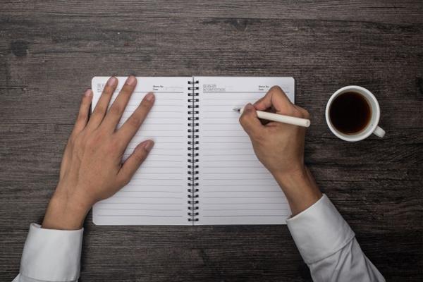 Cómo organizar una buena rutina diaria para la búsqueda de empleo.