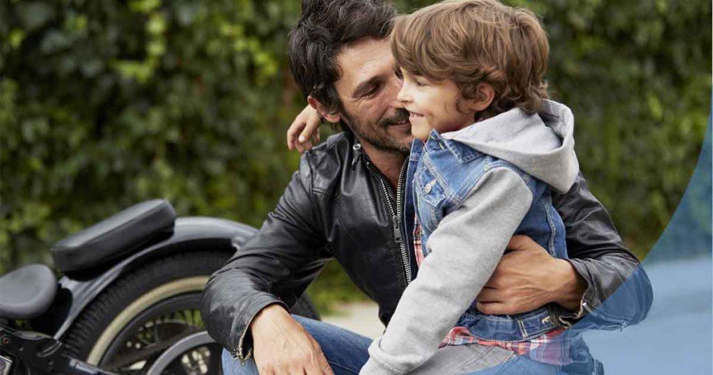 ¿A qué edad pueden ir los niños en moto?