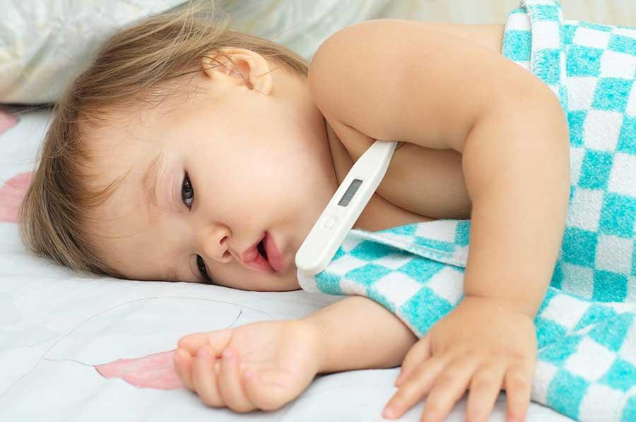 temperatura normal de un bebe en centigrados