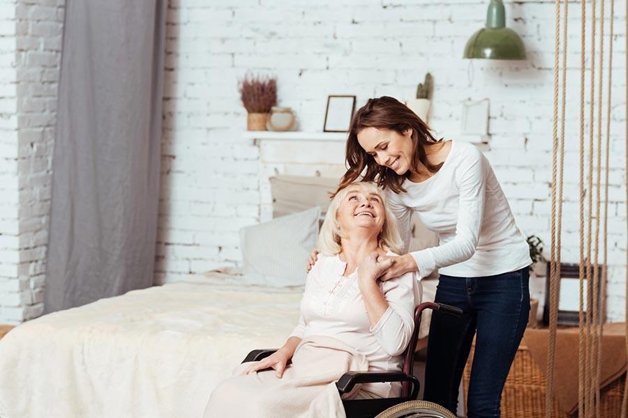Cuidar de ancianos que viven solos
