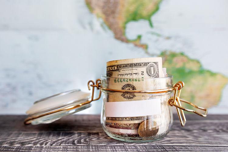 Trucos para ahorrar dinero para tus viajes