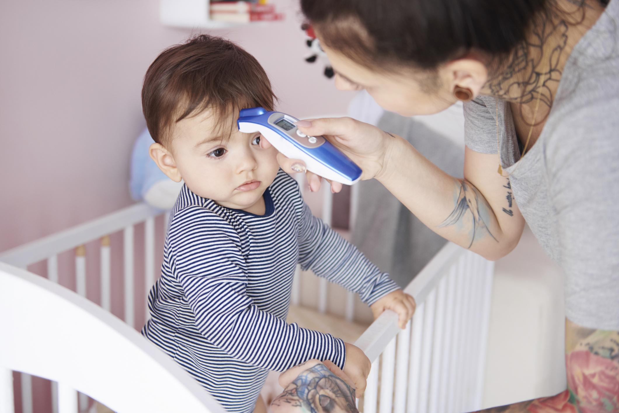 Tratamiento y prevención de la fiebre en bebés