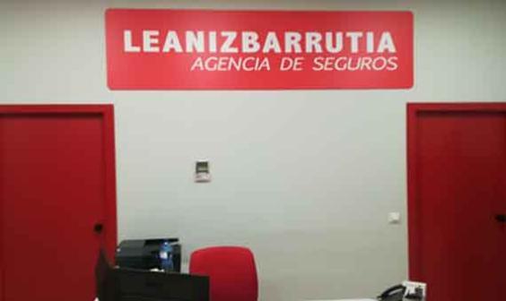 Interior oficina LEANIZBARRUTIA AGENCIA DE SEGUROS S.L.